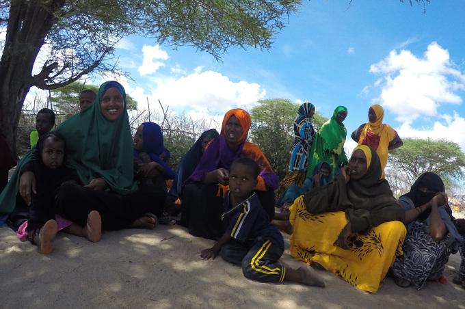 2015 Somalie Programme-ERF1356 puits femmes enfants eau 3 680X450.jpg