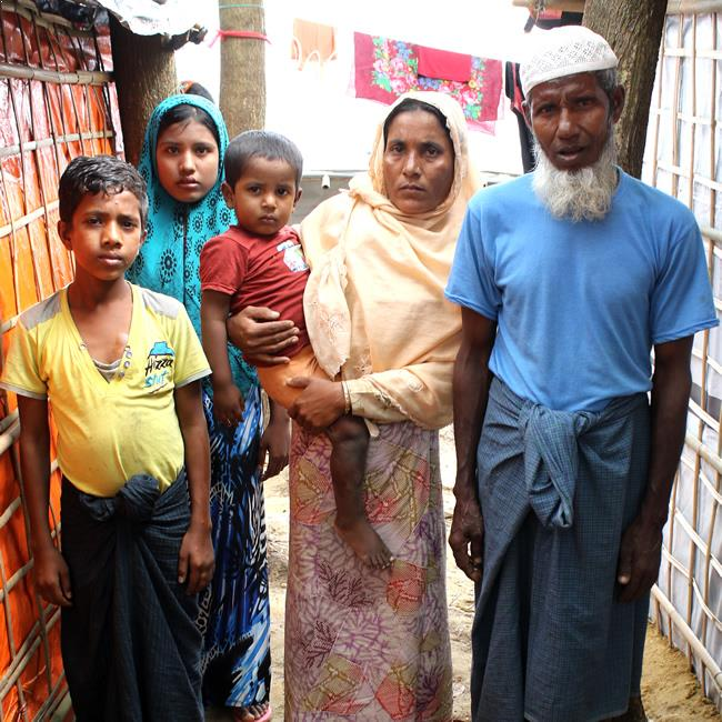 famille refugies rohingyas